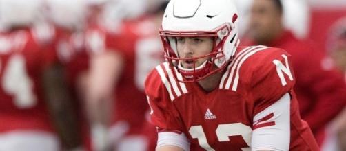 Husker coach Mike Riley names Tanner Lee as starting quarterback ... - omaha.com