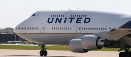 United Airlines Makes Emergency Landing After Engine Reportedly ... - inquisitr.com