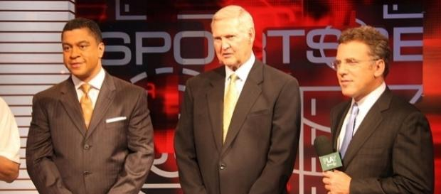ESPN's Stan Verrett and Neil Everett flank retired NBA star Jerry West on an edition of Sportscenter in 2010. (Photo: Rob Poetsch/Wikimedia Commons)