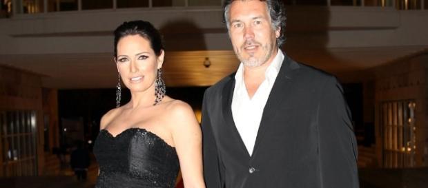Fernanda Serrano deixou de usar aliança - Famosos
