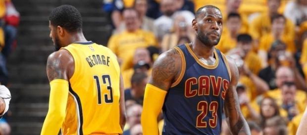 LeBron James y sus muchachos, otra vez superan por barrida la primera serie de postemporada. Foto: basket4us.com