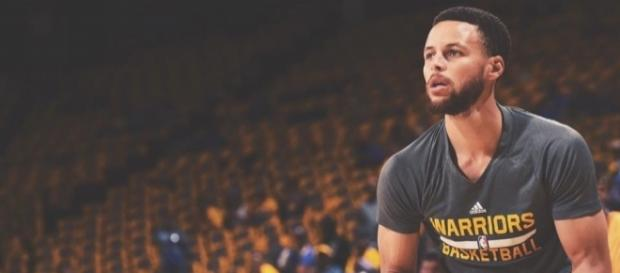 Stephen Curry in shooting motion. Photo by Golden State Warriors Facebook