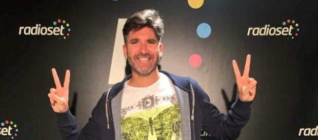 Toño criticó al Deluxe y a La Fábrica de la Tele por el tema Ivonne Reyes
