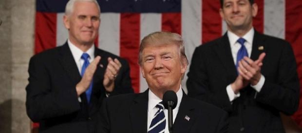 Trump. Taglio tasse, stretta immigrati, lavoro agli americani ... - agenpress.it