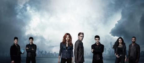 Shadowhunters season 2 Fanmade Poster by kim-beurre-lait on DeviantArt - deviantart.com