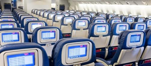 Delta will pay you up to $10,000 to give up your seat - Honolulu ... - kitv.com