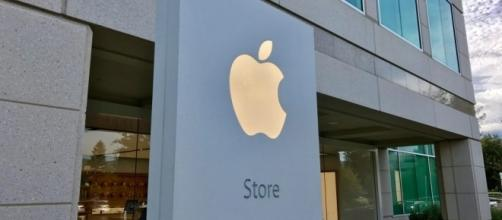 Here's what you can buy at Apple's special campus store in ... - 9to5mac.com
