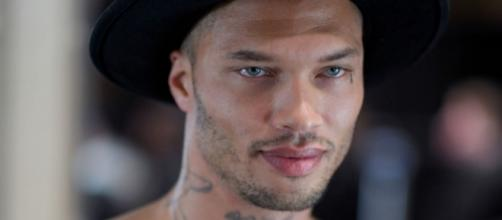 Mugshot model Jeremy Meeks deported from UK - Hot felon model ... - harpersbazaar.co.uk