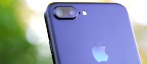 The iPhone 7 and 7 Plus were a hit, but not enough to keep Apple on top - bgr.com