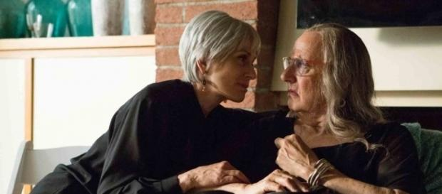 Amazon.com: Transparent Season 1: Jeffrey Tambor, Gaby Hoffmann ... - amazon.com