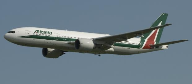 Crisi Alitalia, diecimila posti a rischio