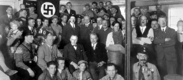 Hitler era judeu? A suástica era um símbolo do mal? Confira essas e outras mentiras sobre o nazismo