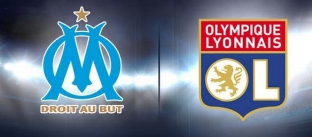 Logos de l'OM et de l'OL (Olympique de Marseille et Olympique Lyonnais)