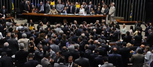 Reforma Trabalhista é aprovado pela Câmara Federal