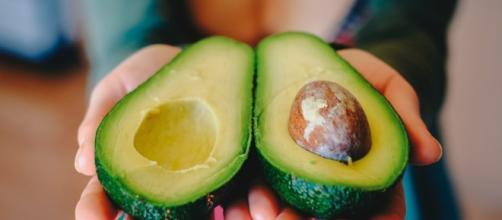 Avocado e sindrome metabolica. Abbassa colesterolo, pressione e glicemia pancialeggera.com