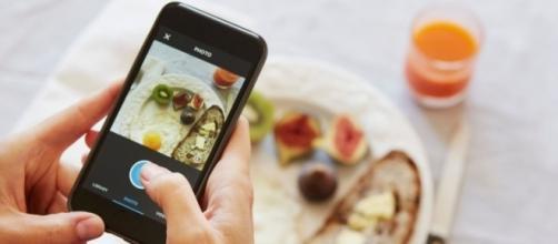 Career | Biar Nggak Bosan, 5 Kegiatan ini Bisa Kamu Lakukan Saat Makan Siang - Popbela.com