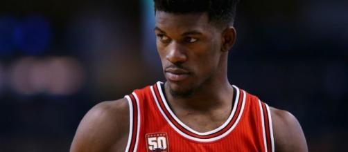 Jimmy Butler and the Bulls will try to force a seventh game by winning on Friday. [Image via Blasting News image library/inquisitr.com]