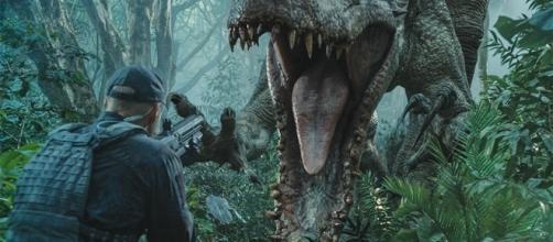 JURASSIC WORLD Sequel Story Could Go Worldwide - FilmBuffOnline - filmbuffonline.com