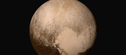 New Horizons Finds Blue Skies and Water Ice on Pluto | NASA - nasa.gov
