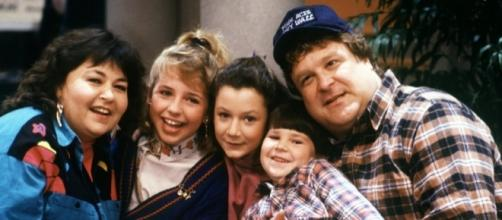 'Roseanne' to return to television! / photo: 1990s promo release / BN Photo Library