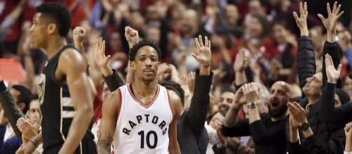 Spurs, Raptors try to move on to second-round showdowns/Photo via timesunion.com
