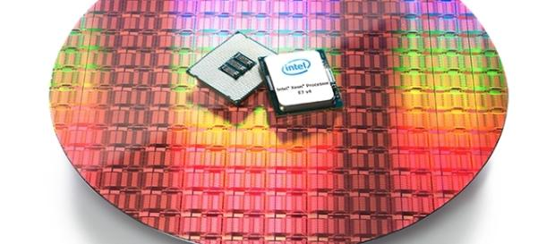 Intel debuts gold & platinum series Xeon processors (anandtech.com)