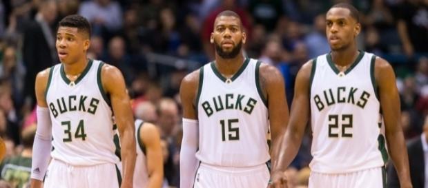 Milwaukee Bucks Roundtable: Extensions, Injuries And Trades - behindthebuckpass.com