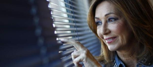 "Telecinco se asegura a Ana Rosa Quintana para sus mañanas ""por ... - 20minutos.es"