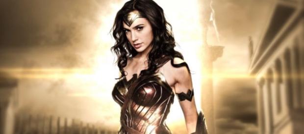 That's a wrap! Gal Gadot's 'Wonder Woman' movie heads to post ... - batman-news.com