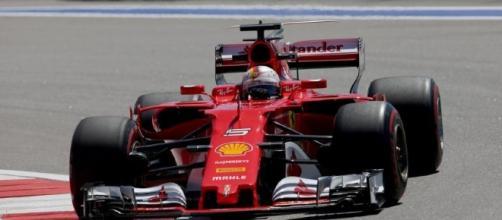 Dove vedere il GP di Sochi di F1 in diretta tv: nella foto, Vettel sulla sua Ferrari