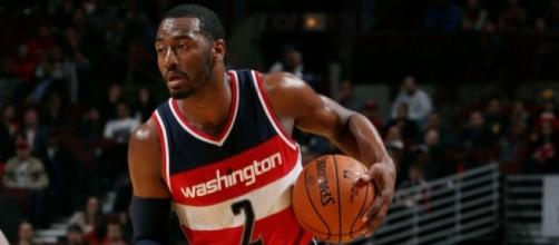John Wall's 42 points led the Wizards to a Game 6 elimination win over Atlanta. [Image via Blasting News image library/clutchpoints.com]