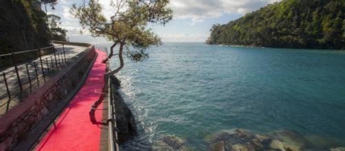 La passerella tra Rapallo e Portofino, foto corriere.it