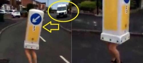 Uma ideia estúpida de uma mulher acabou muito mal. Ela decidiu atravessar a rua vestida de sinal de trânsito