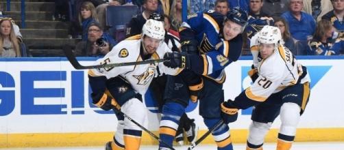 Vladimir Tarasenko fue la figura del partido para St. Louis con dos goles, NHL.com.