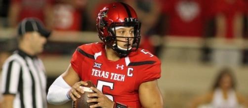 Why the Bears should pass on Texas Tech quarterback Patrick ... - usatoday.com