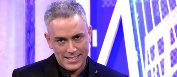 Kiko Hernández se ríe de Leticia Sabater en directo