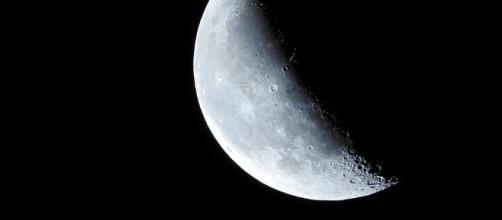 Crescent, Moon - Free images on Pixabay - pixabay.com