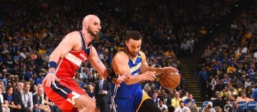 Curry shines against Wizards, Warriors win 11th straight - yahoo.com