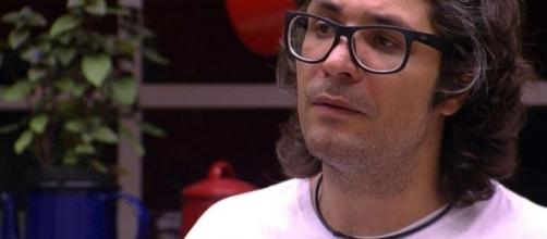 Ilmar comprou briga com a pessoa errada e está eliminado do BBB17