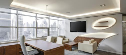 Imagem de uma sala de estar de um apartamento