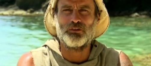 Isola, Raz Degan provoca Giulio Base