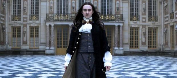 Critiques Séries : Versailles. Saison 1. Pilote & Episode 2 ... - cadebordedepotins.com