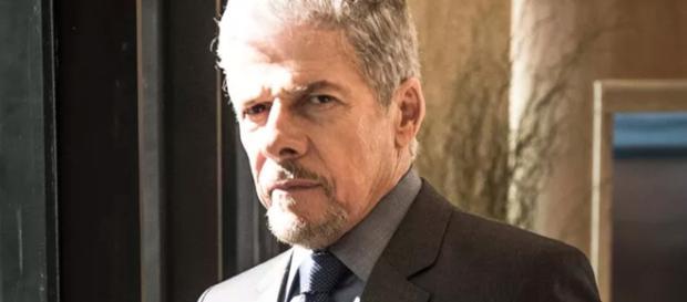 José Mayer diz que assédio não foi cometido por ele, mas por seu personagem.