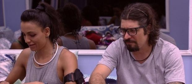 Marinalva elogia abertamente Vivian durante conversa com Ilmar