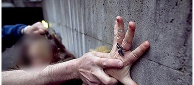 Mulher de 82 anos foi agredida e estuprada