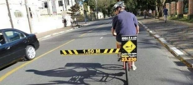 Nuove regole per il sorpasso dei ciclisti: multe in arrivo