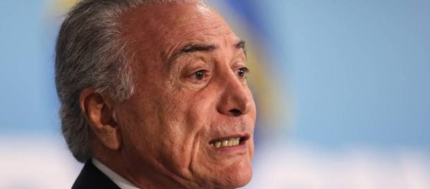 Rejeição a Temer chega ao patamar de Dilma