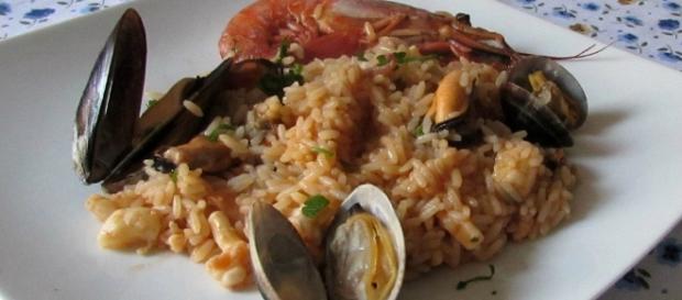Risotto alla pescatora, ricetta classica - giallozafferano.it