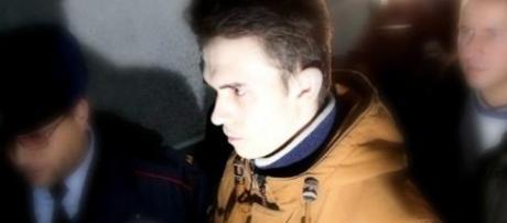 O rapaz foi investigado e acabou sendo preso pela polícia