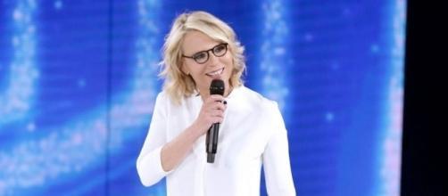 Ascolti Tv: Amici torna leader del sabato sera, Rai Uno 'soccombe'.